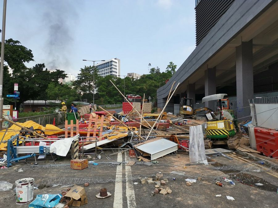 Rioters set fire to petrol stations, risk causing explosions: Hong Kong police - Xinhua | English.news.cn