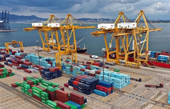 China's Dalian port seeks to further expand market